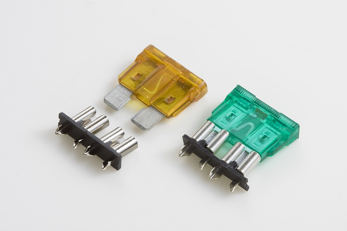 automotive fuse box clips